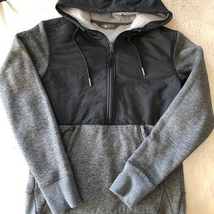 The North Face 1/4 Zip Pullover, XS Women's